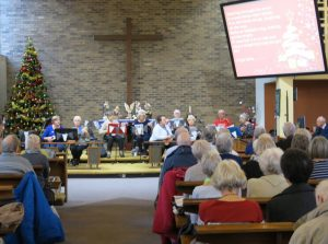 U3leles played a selection of Christmas C.arols and songs