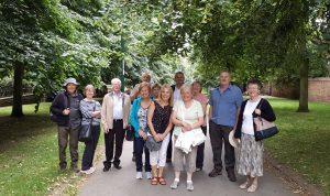 Mansfield Road walk - Elm Avenue